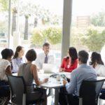 Jak walczyć zsyndromem myślenia grupowego?
